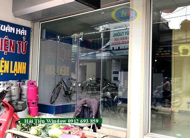 Cửa kính trượt lùa inox phi 25 an toàn, chất lượng thi công tại Hà Đông