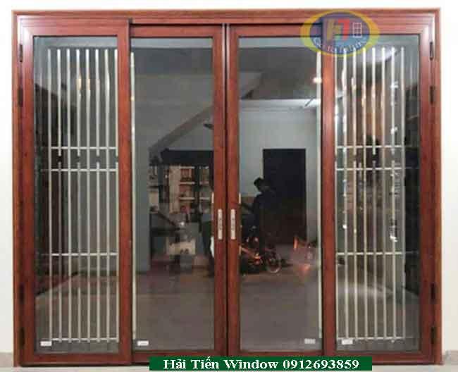 Mẫu cửa nhoom Xingfa 4 cánh mở trượt vân gỗ