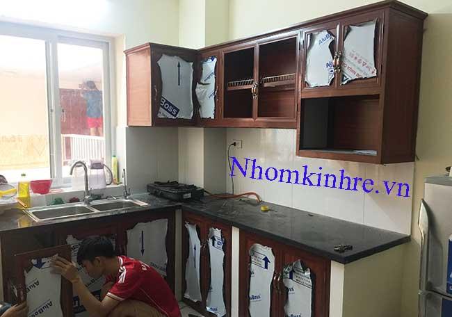 Tủ bếp nhôm vân gỗ thi công tại số nhà 5 ngõ 162 Nguyễn tuân-TX-HN