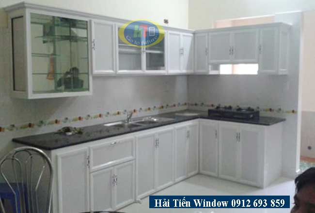 Tủ bếp nhôm trắng sứ thi công nhà chị Hưởng Hồ Tây