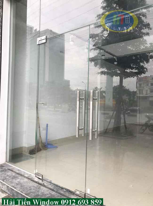 Bản lề cửa kính chính hãng thi công đảm bảo tiêu chuẩn