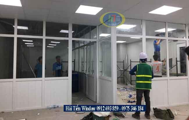 Thi công vách ngăn bằng khung nhôm kính tại Hà Nội
