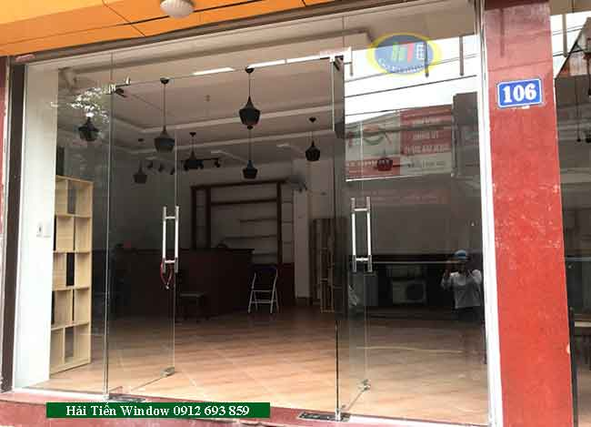 Cửa kính cao cấp cường lực kiểu dáng đẹp thi công tại Hà Nội