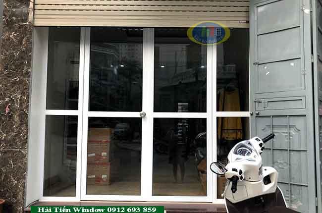 Cửa nhôm kính đẹp mặt tiền rộng