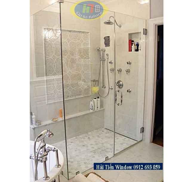 Kích thước vách tắm kính tiêu chuẩn