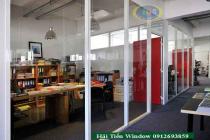 Vách ngăn nhôm kính văn phòng