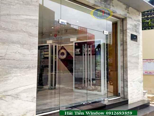 Mẫu cửa kính đẹp giá rẻ 750k