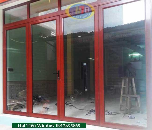 Cửa nhôm màu vân gỗ Việt Pháp đẹp thi công tại Định Công