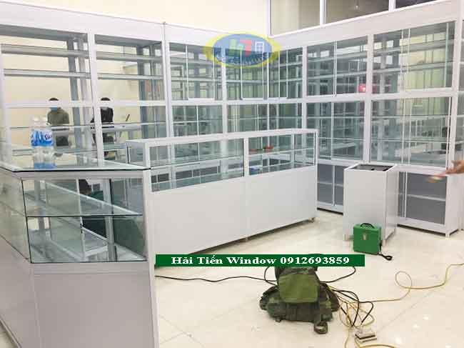 Đóng tủ thuốc tây giá rẻ tại Hà Nội